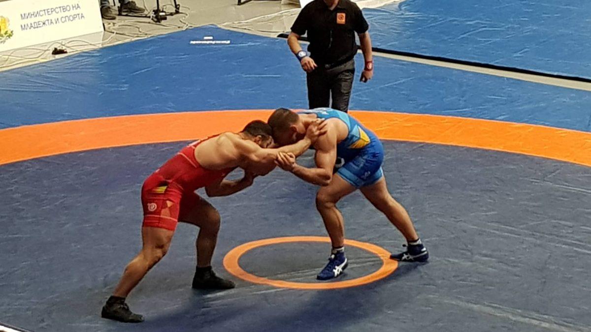 Дан Колов – кращі сутички борців вільного стилю