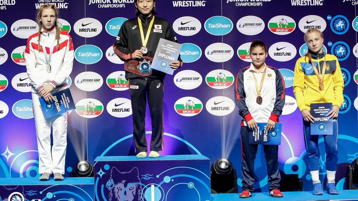 Катерина Зелених та Марія Винник здобули бронзу ЧС серед юніорів