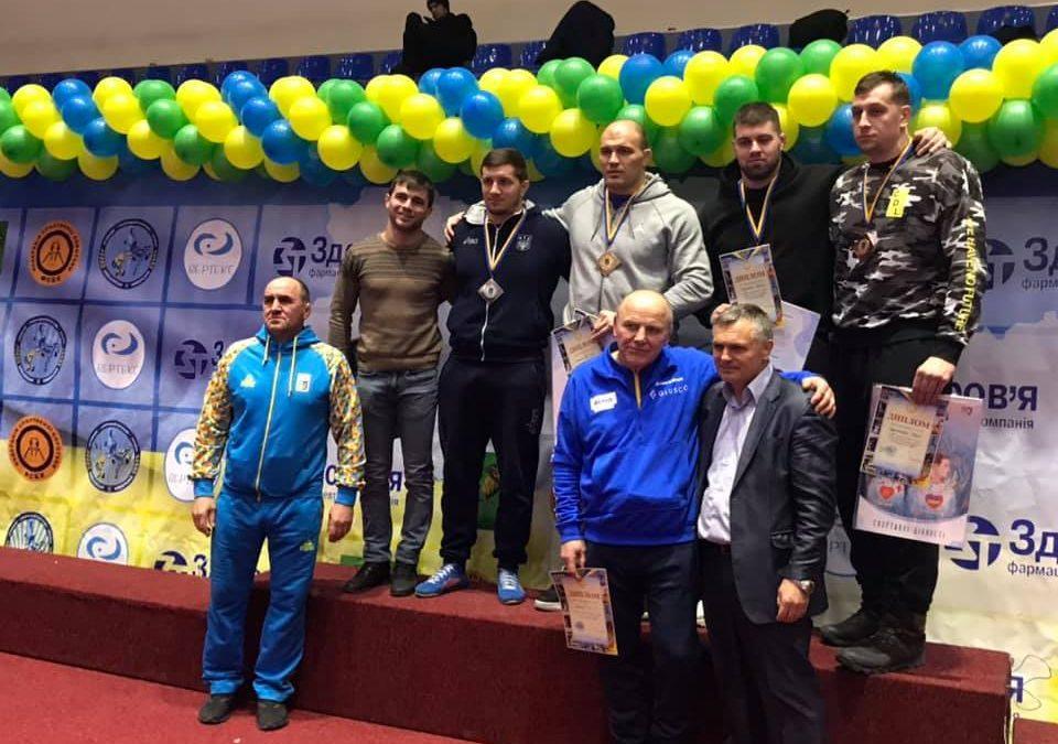 Результати чемпіонату України з вільної боротьби