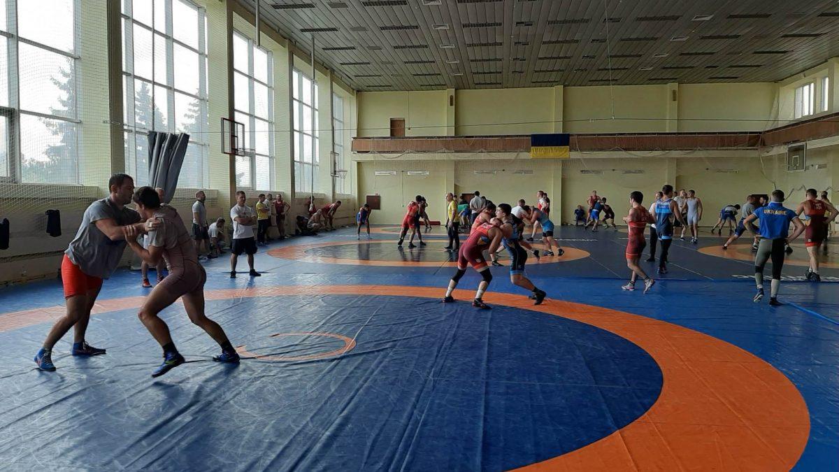 Репортаж про підготовку борців до ЧС