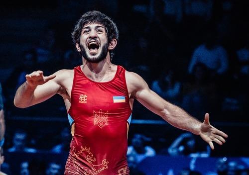 Ерік Арушанян: «Суміщати навчання та професійний спорт цілком реально»
